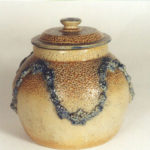 Brown pot with lid (1893).